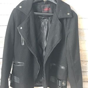 Women's black zipper jacket